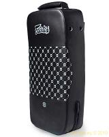 Fairtex smalle kick- en stootpad Kick Shield (FS4)